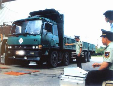 车辆超载检测称重仪,公路车辆超载检测称重系统,车辆检测仪