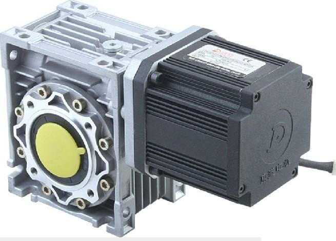 四级电动机32槽绕组接线图